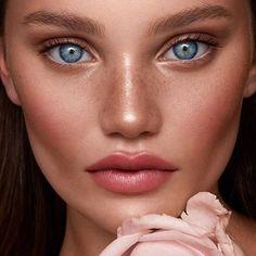 Beautiful Eyes, Amazing Eyes, Beautiful People, Beautiful Women, Cute Makeup, Hair Makeup, Natural Dewy Makeup, Beauty Make Up, Beauty Girls