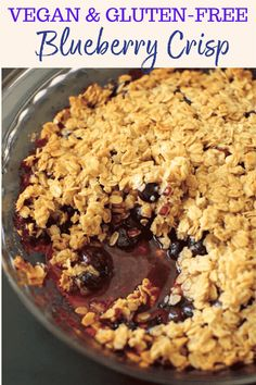 Blueberry Crisp Crumble – vegan / GF Blueberry crisp crumble with an oat and coconut oil topping. Healthy and fruity dessert that's gluten-free and vegan friendly. No added refined sugar! Dessert Sans Gluten, Vegan Sweets, Healthy Dessert Recipes, Gluten Free Desserts, Vegetarian Recipes, Vegetarian Appetizers, Vegan Snacks, Blueberry Crumble, Recipes