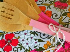 Perfect Stocking Stuffer: Pretty Painted Wooden Spoons >> http://blog.diynetwork.com/maderemade/2013/11/19/10-cute-and-clever-diy-stocking-stuffers?soc=pinterest