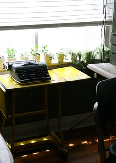 You just need a tiny place to write to your heart content... OK, also some time off, but hopefully when you got rid of all the distractions (a.k.a.: clutter!) and with a lot less to do, you will be able to use this typewriter, c.a.p.