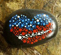 70 parasta ideaa Pinterestissä: Painted Rocks and Stones | Kiviä,Usa flag ja Basteln