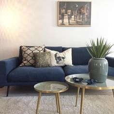 #novaboligstyling #boligstyling #boligstylist #homestaging #homestyling #interior #livingroom #boconcept #brostecph #desenio
