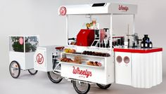 For a fraction of the cost of opening a store front coffee shop, Wheelys 3 offers an e-assist bike cafe with everything you need to start a business. Crepes, Foodtrucks Ideas, Bicycle Cafe, Mobile Coffee Shop, Modern Contemporary Homes, Coffee Carts, Mini Greenhouse, Sustainable Food, Sustainable Design