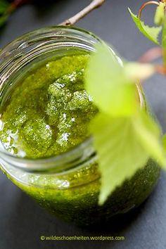 Birkenpeeling selbstgemacht, DIY Naturkosmetik - sanftes, natürliches Peeling - auch gegen Cellulite hilfreich :-) // wildeschoenheiten.wordpress.com