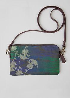 VIDA Statement Bag - MAGNOLIA BEAUTY by VIDA BOMnchpSc