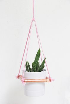 DIY: hanging copper planter - Cool! I wonder if I can make a hex shape instead of square.