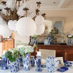Blue & white tablescape