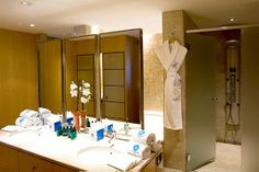 Photos and Videos of the Eurostars Grand Marina Hotel Barcelona 2 rooms with breakfast 3,500frs 6 nights