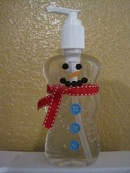 Looking for a quick and easy gift? Buy a cheap hand sanitizer and create this easy Christmas craft! Snowman Hand Sanitizer makes a great teacher gift!