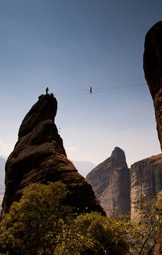 touchdisky:  Slacklining by Marc G