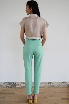 High Waisted Pants / Vintage Pants/ Mint Pants/ High Waist Vintage Pants, Vintage Outfits, Hipster Crop Tops, Mint Pants, Winter Skirt, 1940s Fashion, Cropped Top, Casual Summer Outfits, Crop Shirt