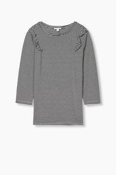 Grösseninfo:  Bei Gr. L (kann je Gr. variieren):  - Länge der Rückenmitte: ca. 65 cm  Details:  -Schlüpfe in dieses Shirt und fühle dich fashionable: Denn Ringel, Rüschen und dreiviertellange Ärmel mit kurzen Zierknopfleisten geben diesem Shirt aus softem Baumwoll-Mix seinen tollen Trend-Look! -Dank des taillierten Schnitts lässt sich das Modell zum Bleistiftrock wie zur Lieblings-Denim kombinieren.