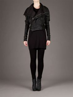 Cropped leather jacket on Wantering. Check out more leather jackets here: http://www.wantering.com/trends/leather-jackets/
