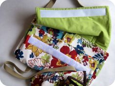 DIY casserole tote! I really want to make one of these! How cute.