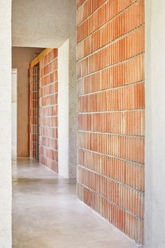 Interior Design Addict: Aulets Architecture José Hevia Reform of Oenological Station Detail Architecture, Brick Architecture, Minimalist Architecture, Contemporary Architecture, Interior Architecture, Arch Interior, Interior And Exterior, Wall Exterior, Wall Design