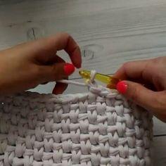 """1,705 curtidas, 34 comentários - 💮rose oliveira (@roseoliveira_tartes) no Instagram: """"Mais um ponto para vocês aprenderem, muita usado para fazer bolsas e cestos com fio de malha.…"""""""