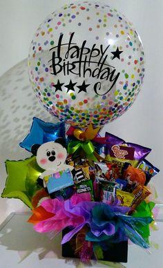 Decoración de ancheta Birthday Basket, Birthday Candy, Birthday Balloons, Diy Birthday, Birthday Wishes, Birthday Gifts, Candy Gift Baskets, Candy Gifts, Personalised Gifts Diy