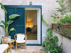 Wrapped around a small outdoor terrace, the 110-square-metre apartment, is located in the centre of the city overlooking a Roman park dotted with pines.