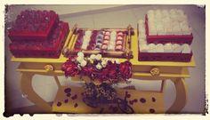 Festa Amarelo e vermelho