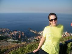 """Quando escolhi a Madeira como destino das minhas férias de verão desse ano me deparei com muitos clichês. Começando pelo título desse post, """"a pérola do Atlântico"""". """"Só vai aposentado"""""""