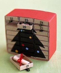 Christmas Crafts Matchbox advent calendar - so perfect and little!Matchbox advent calendar - so perfect and little!