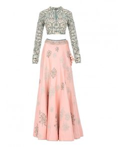Bajirao Mastani Peach Lehenga - Apparel More Punjabi Fashion, India Fashion, Bollywood Fashion, Asian Fashion, Indian Attire, Indian Ethnic Wear, Indian Wedding Outfits, Indian Outfits, Pakistani Dresses