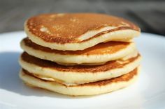 Bring on the pancakes Crepes, Smoothie Fruit, Breakfast Recipes, Cake Recipes, Pancakes, Sweet Treats, Brunch, Good Food, Food And Drink