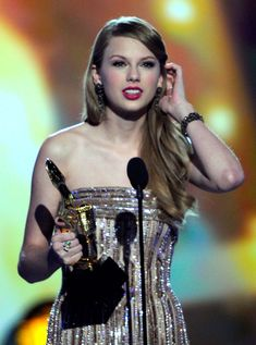 Taylor Swift Photo - 2011 Billboard Music Awards - Show in Las Vegas, NV