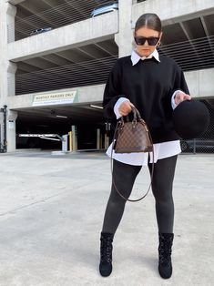 5 WAYS TO WEAR SPANX LEATHER LEGGINGS   THE RULE OF 5 Spanx Leather Leggings, Style Blog, Blogger Style, Errands Outfit, Leggings Outfit Summer, Girly Images, Trendy Girl, Fall Winter Outfits, 5 Ways