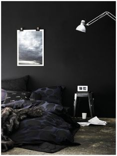 DIY Home Decor strategies to flame on your creative mojo, stamp 5253941122 - Easy to exciting decor arrangements. Top cozy home decor ideas interior design dark walls image produced on this date 20190112 Black Rooms, Bedroom Black, Monochrome Bedroom, Black Bedding, Decoration Inspiration, Inspiration Wall, Decor Ideas, Home Bedroom, Bedroom Decor