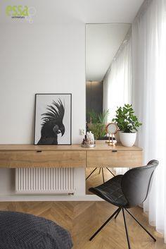 #vanityunit #toaletka #essa #interiordesign #architektwnętrz Vanity Units, Interior Design, Interiors, Nest Design, Home Interior Design, Interior Designing, Home Decor, Design Interiors
