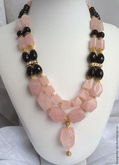 Купить Колье из натуральных камней НАДЕЖДА - колье, натуральные камни, розовый кварц, оникс ограненный