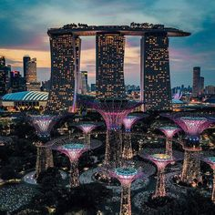 View of Marina Bay Sands, Singapore Sands Singapore, Singapore City, Singapore Travel, Malaysia Travel, City Aesthetic, Travel Aesthetic, Beautiful Places To Travel, Cool Places To Visit, Beautiful Scenery