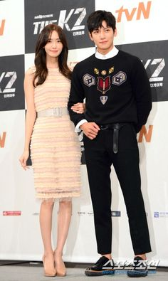 "Ji Chang-wook: ""The will be my last action drama"" Yoona Ji Chang Wook, Ji Chang Wook Abs, Ji Chang Wook Healer, The K2 Korean Drama, Korean Drama Quotes, Asian Actors, Korean Actors, Korean Idols, Korean Celebrities"
