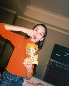 why is it when kiko does this, she looks cool but when i do it, i look like a jackass High Fashion Photography, Glamour Photography, Lifestyle Photography, Editorial Photography, Kiko Mizuhara Style, Komatsu Nana, Velma Dinkley, Human Bean, Unif