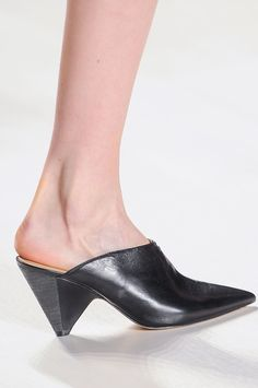 2014 FALL/WINTER SHOE TRENDS | NYFW Fall/Winter 2014 | theweeklyshoe