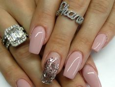 pink gel nail polish accent glitter powder The post glitter for nails deco pink powder accent glitter appeared first on All Photos Hande Akılsepeti. Rose Nails, Gel Nails, Manicure, Nail Polish, Simple Nail Designs, Nail Art Designs, Taupe Colour, French Polish, Nagel Gel