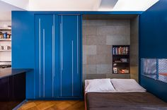 Functional 400 Sq Ft Studio: Unfolding Apartment by Michael K Chen Architecture (MKCA)