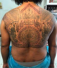 Sak Yant Tattoo, Thai Tattoo, Tattoo Designs, Culture, Tattoos, Thailand Tattoo, Tatuajes, Tattoo, Tattooed Guys