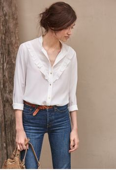 40 Casual Combinations of Jeans and Blouse for Women - Alles über Damenmode Style Casual, Casual Chic, Casual Outfits, Fashion Outfits, Womens Fashion, Blouse En Jean, Bluse Outfit, White Blouse Outfit, Looks Cool