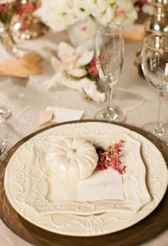 caligraphy, classic, cream, gold, place cards, elegant, place mat, place settings, plates, pumpkin, rustic, victorian, wood, Fall, glamorous
