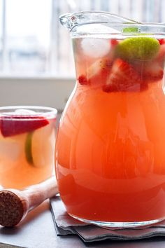 Strawberry Iced Tea Cooler — Eatwell101