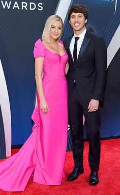 Kelsea Ballerini, Cma Awards, Country Music Stars, Celebs, Celebrities, Red Carpet Fashion, Looking Stunning, Cute Couples, Pink Dress