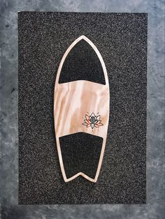 Balanceboard Aflora Lotus with deck! Find your Balance Balance Board, Lotus, Finding Yourself, Deck, Reusable Tote Bags, Front Porches, Decks, Lily, Decor