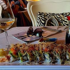 #Japanese #cuisine is not just something you #eat but also something that you #look!!!  ... #Nishiki #japan #restaurant #specialplace #solocosebelle #solocosebuone #CorsoLodi #Milan #ig_milan #milanodavedere #Milanoaplacetobe #gotourism ... #sushi #sashimi #instafood #foodpics #foody #foodporn #instagood #instalife #instadaily #view #vsco #vscocam by anaehb