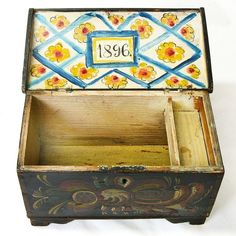 Norwegian Rosemaling Decorated Miniature Kiste / Dome Top Trunk, Dated 1896