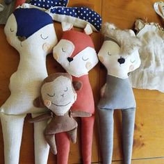 It's the weekend!  I have lots of fun customs that I'm working on this month including this pile of boy dolls! That's right boys love something soft to cuddle and hold onto and throw and play with too. My designs are pre- tested with my little guy including a bunny that's already had a few scrubbings. I really try to use materials and methods that will stand all those adventures