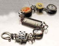 Susan Lenart Kazmer....I just LOVE her jewelry!