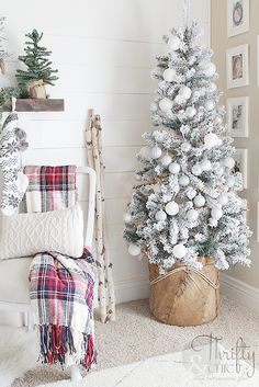 Farmhouse Christmas decor and decorating ideas. White and red Christmas decor. Fixer upper style, farmhouse style Tree basket from Home Goods Minimalist Christmas Tree, Snowy Christmas Tree, Christmas Home, Christmas Holidays, Christmas Crafts, Christmas Ornaments, Christmas Movies, White Christmas, Vintage Christmas