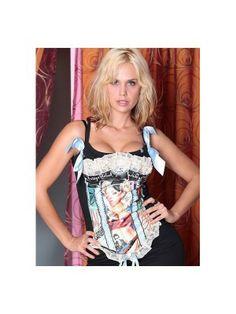 Top corset con el qie Miriam sánchez posó así d guapa en la tienda 50 centavos por tu alma